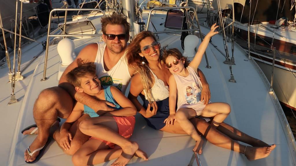 Hünenberger Familie seit zwei Jahren mit Segelschiff unterwegs
