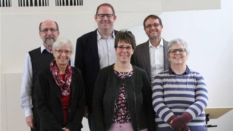 Der Vorstand des Kirchenchors (von links): Markus Fürholz, Florian Kirchhofer, Gilbert Schuppli, vorne: Marianne Brunner, Katrin Flury und Vreni Sieber.