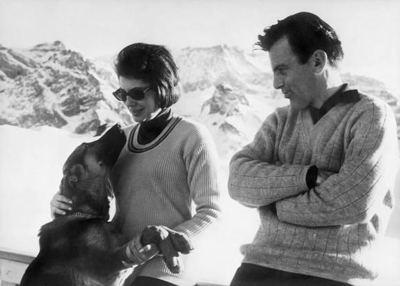 Der Frauenschwarm, hier 1964 zusammen mit der Ex-Frau des Schahs von Persien, Soraya, in Adelboden. Die beiden waren drei Jahre lang ein Paar.