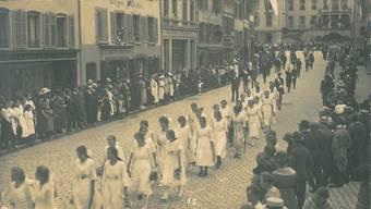 Historische Bilder vom Maienzug ab 1914