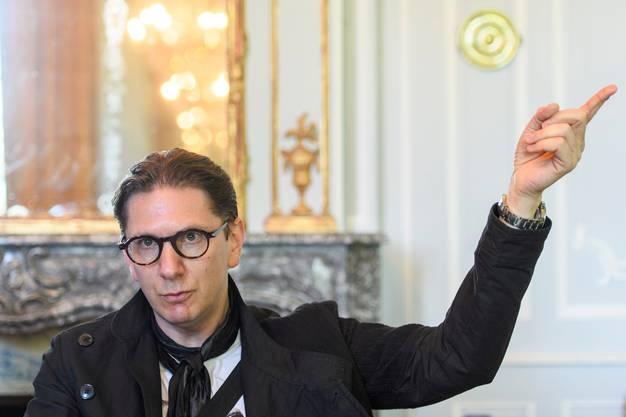 Multitalent Aviel Cahn: Vor seiner Karriere als Intendant studierte der Zürcher Recht und erlangte sogar einen Doktortitel.