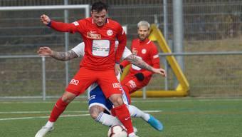 Sein nächster Einsatz ist verschoben: Altin Gashi vom FC Dietikon. Das Spiel gegen Winterthur ist wegen Corona-Abwesenheiten verschoben. (Archivbild)