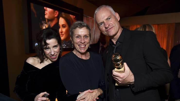 Beste Schauspielerin in einem Filmdrama: Frances McDormand (in der Mitte) und Bestes Drehbuch: Martin McDonagh, in «Three Billboards Outside Ebbing, Missouri»