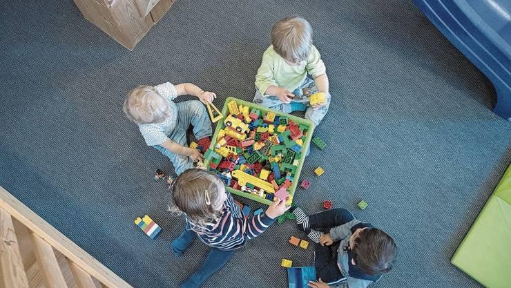 Bei der Gestaltung der Kinderbetreuung lässt der Kanton den Gemeinden viel Spielraum.