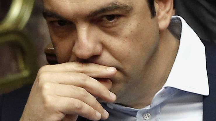 Die EU möchte Regierungschef Tsipras zu einem Ja zum Sparprogramm bewegen (Archiv).