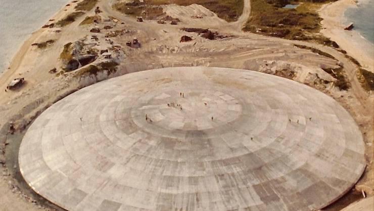 Die Bewohner nennen das Atom-Ufo «The Tomb».