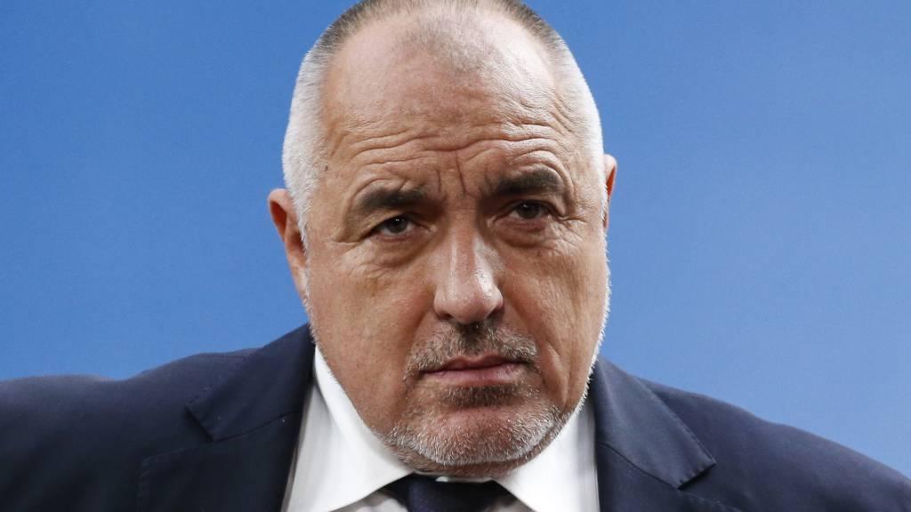 Bulgariens Regierung bleibt im Amt trotz Rücktrittforderungen