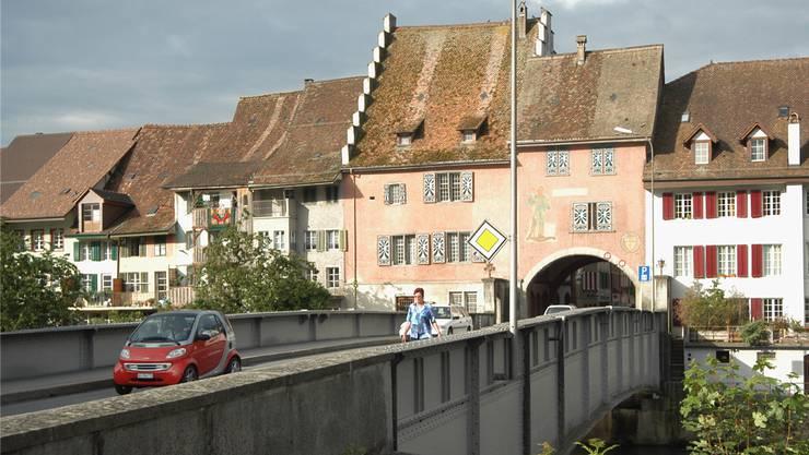Blick auf die Reussbrücke in Mellingen.