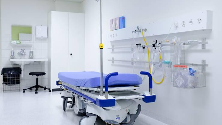 So sieht eines der neuen Behandlungszimmer des Notfallzentrums aus.