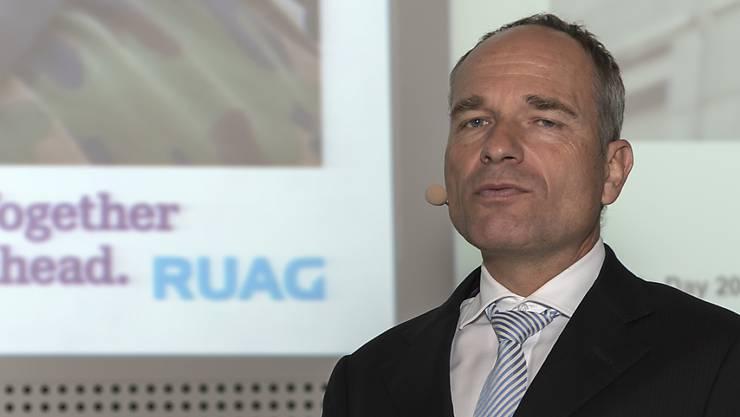 Ruag-Chef Urs Breitmeier wollte am Freitag die Geschäftszahlen vorstellen, musste aber zuerst über die Hausdurchsuchung informieren.