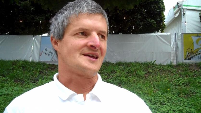 Alfred Vogt spricht über seine Arbeit mit den Rennsäuli