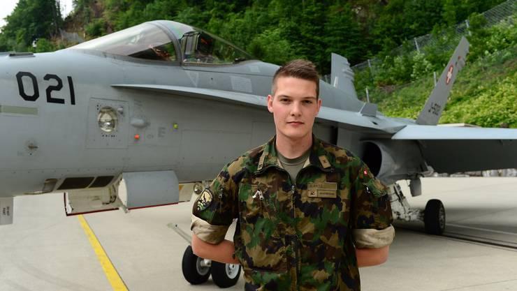 Oberleutnant Daniel Rätz - «Fresspäckli» für Rekruten.