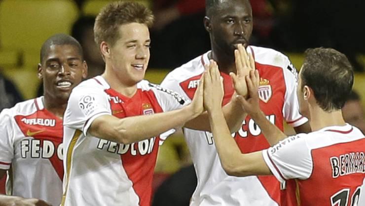 Stoppte mit seinem Tor den kecken Aufsteiger aus Angers: Monacos Mario Pasalic (Zweiter von links)