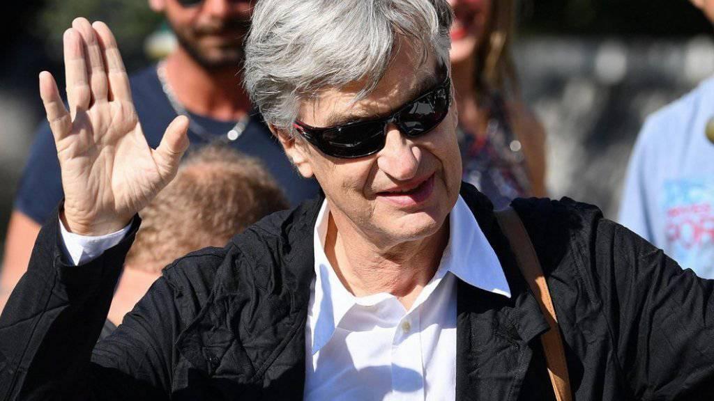 Regisseur Wim Wenders, der in Venedig seinen Film «Les Beaux Jours d'Aranjuez» vorstellt, hätte ebenso gut als Filmkritiker anreisen können, sagt er.