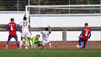 FCB-U21-Torwart Felix Gebhardt wurde gegen Etoile Carouge gleich sechsmal bezwungen.