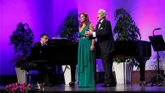 Anstossen auf das Konzert von José Carreras