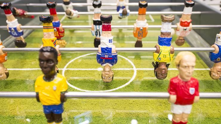 Wenigstens im Fifa World Football Museum steht der Fussball nur am Töggelikasten Kopf.