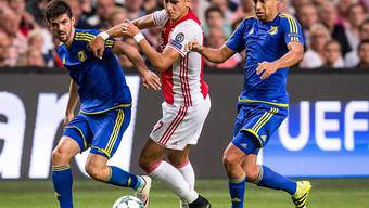 Rostows Christian Noboa (rechts) erzielte gegen Ajax Amsterdam das zwischenzeitliche 3:0