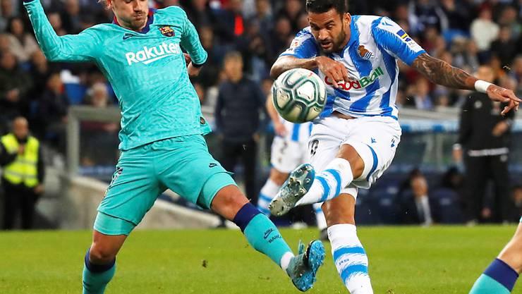 Antoine Griezmann (links) musste sich mit Barcelona gegen Willians San Sebastian mit einem Punkt zufrieden geben