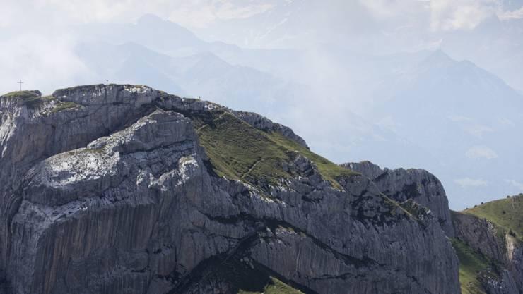 In den Schweizer Bergen sind am Wochenende zwei Berggänger tödlich verunfallt. (Symbolbild)