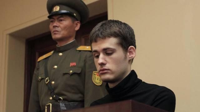 Matthew Miller vor dem Obersten nordkoreanischen Gericht (Archiv)