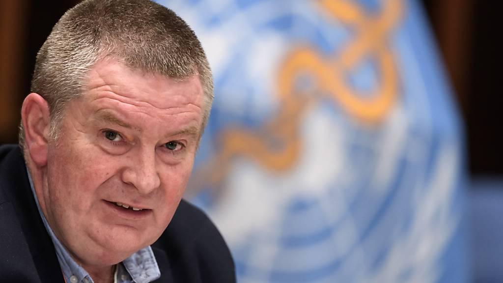 Michael Ryan, Nothilfe-Koordinator der Weltgesundheitsorganisation WHO, sieht derzeit keine Anzeichen für eine zweite Welle beim Coronavirus. (Archivbild)