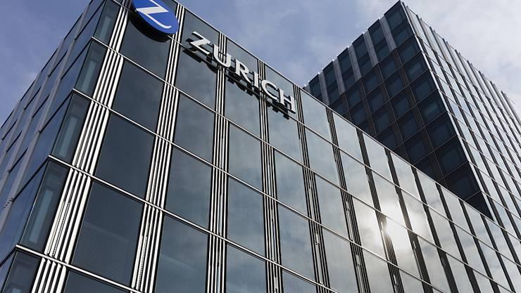 Der Versicherungskonzern Zurich will bekanntlich die Kosten senken: Am Hauptsitz in Zürich könnten nun bis zu 200 Stellen eingespart werden.