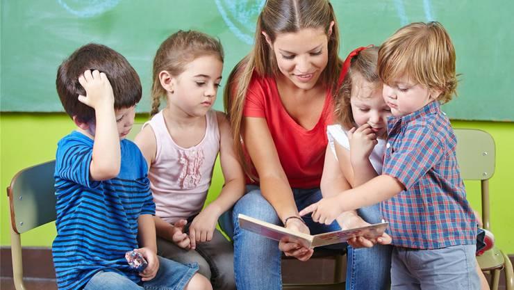 Müssen die deutschen Kindergärtnerinnen nun in einen Mundart-Kurs?