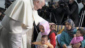 Setzt sich für den Dialog zwischen Muslimen und Christen und für Migranten ein: Papst Franziskus auf seinem Besuch in Marokko.