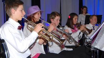 Diese Jungmusiker können nicht nur mit ihren Instrumenten unterhalten