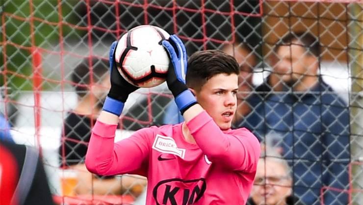 Eine riskante Übung: Der FC Aarau setzt im Tor auf den 18-jährigen Nicholas Ammeter