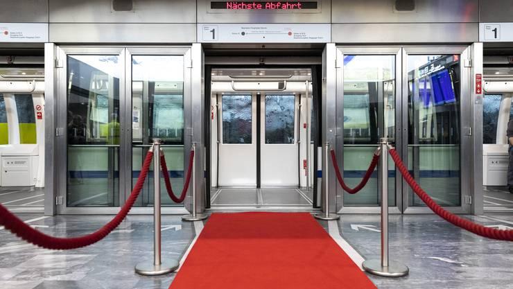 Schweiz Tourismus und der Flughafen Zürich haben das Tunnelkino von Grund auf erneuert, sowohl technisch als auch filmisch.