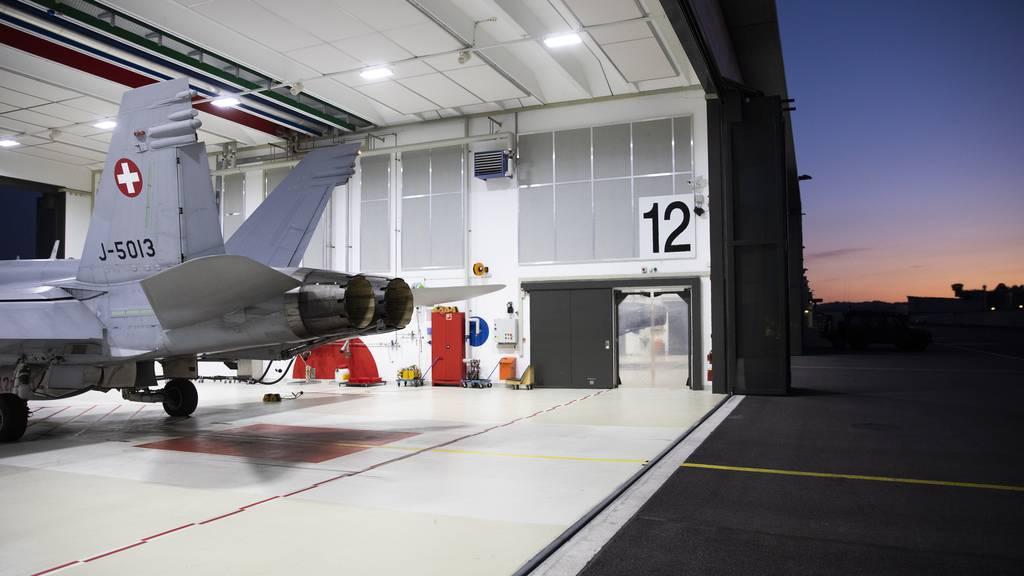 Schweiz will neue Kampfjets – aber kein neues Jagdgesetz