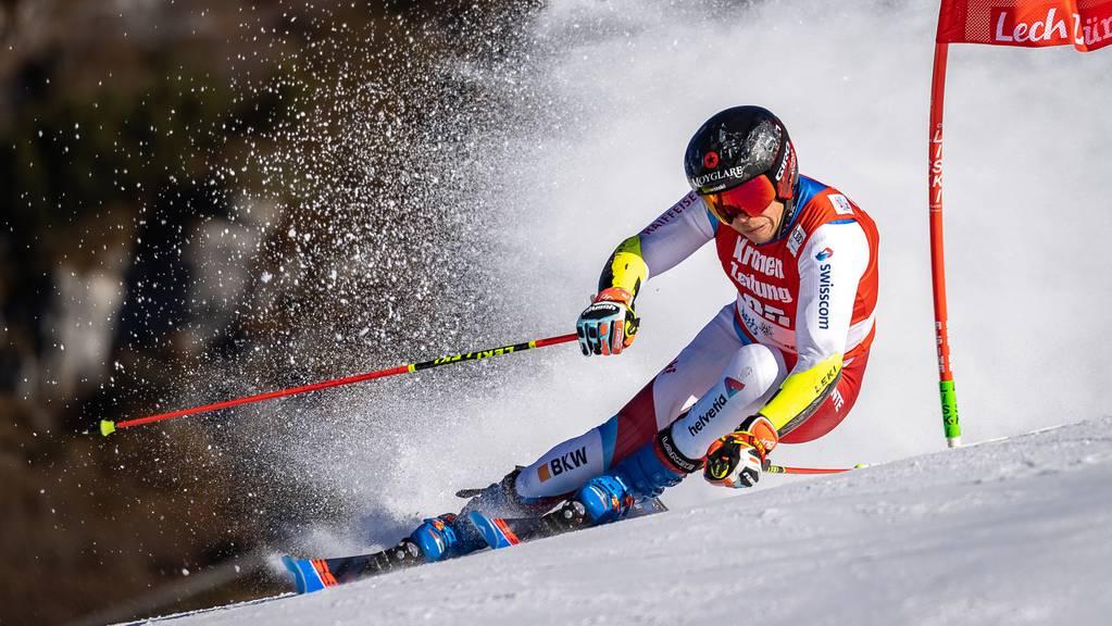 Gino Caviezel während der Qualifikation im Parallelslalom der Herren am Freitag in Lech.