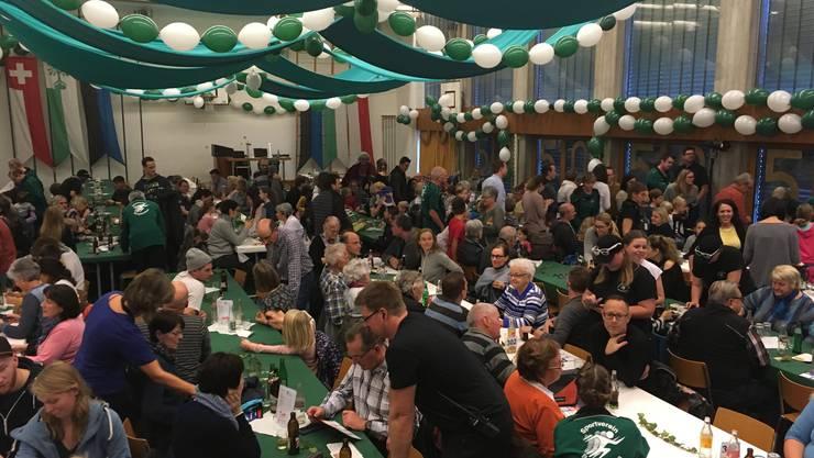 Der Sportverein Bergdietikon (im Bild das letztjährige Jubiläumsfest) hat ebenfalls einen Sitz in der Kommission.