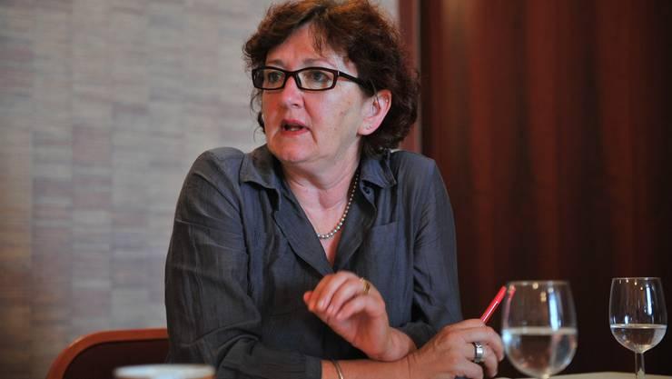 Iris Schelbert-Widmer, Präsidentin der Grünen Kanton Solothurn, antwortet auf 11 Fragen.