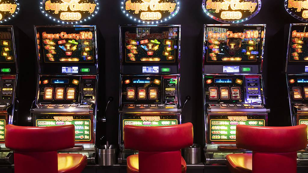 Online poker tournaments real money