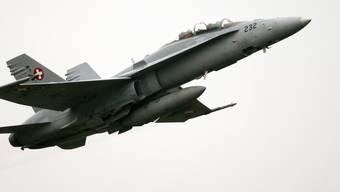 Eine solche F/A-18 der Schweizer Luftwaffe hat über Biel eine russische Parlamentarierdelegation in Aufregung versetzt (Archiv).