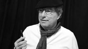 Johnny Schifferle spielt den Kunstmaler Alexander Kissling