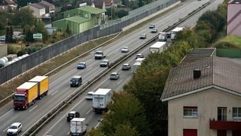 Unterhaltsarbeiten auf Autobahnen sollen in der Nacht ohne Bewilligung möglich sein. (Archivbild)