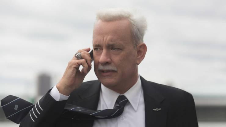 """Tom Hanks spielt in Clint Eastwoods Film """"Sully"""" einen heldenhaften Piloten (Archiv)"""