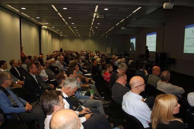 """Mehr als 220 Gäste folgten den spannenden Vorträgen der beiden Referenten zum Thema """"Aus Strom wird Gas"""""""