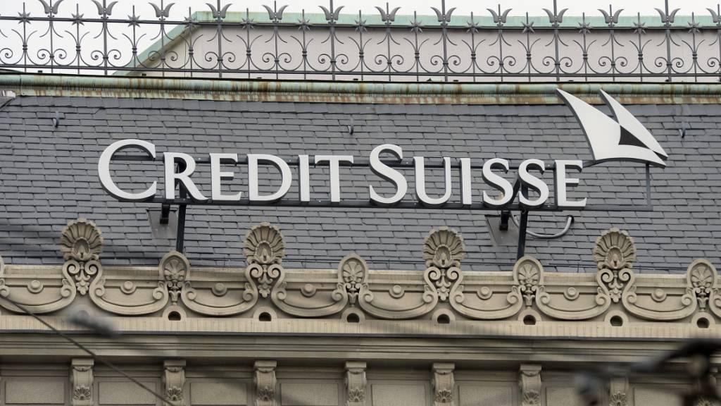 Die Credit Suisse hat in den USA wegen Fehlern bei der Lieferung von Daten zu Wertpapiertransaktionen an die US-Börsenaufsicht einen Vergleich abgeschlossen. Dafür bezahlt die Bank 600'000 US-Dollar. (Archivbild)