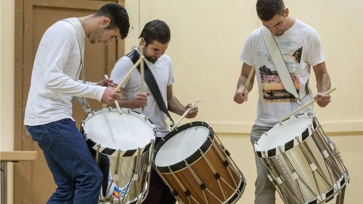Junge Tambouren und andere Instrumentalisten messen sich morgen Samstag am Musikwettbewerb Laupersdorf.