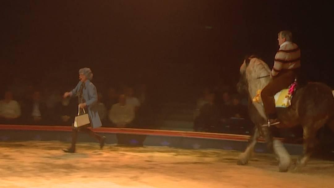 Giacobbo/Müller witzeln in der Zirkus-Manege