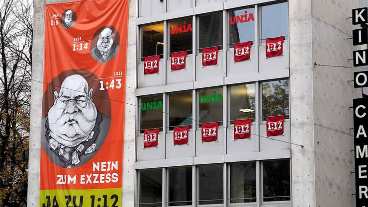 Die 112-Transparente an der Fassade des Gewerkschaftshauses beim Claraplatz konnte die Basler Stimmbevölkerung nicht überzeugen.