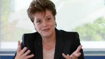 Bildungsdirektorin Silvia Steiner (CVP) war am Freitag bemüht, das Zürcher Ergebnis des nationalen Schulvergleichs zu differenzieren. (Archivbild)