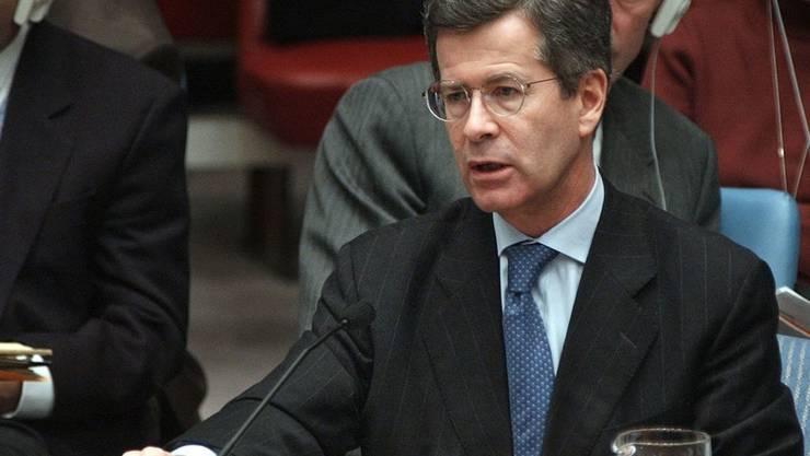 Jean-David Levitte war unter anderem französischer Uno-Botschafter in der Zeit der Anschläge vom 11. September in New York. Hier spricht er im Jahr 2002 vor den Mitgliedern des Sicherheitsrats. (Archivbild)