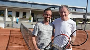 Sie bestritten den Eröffnungsmatch der diesjährigen ATM: Lukas Brunner (links) und Ruedi Buergi. Bis zu den Finalspielen in zehn Tagen finden noch ganz viele Duelle statt.