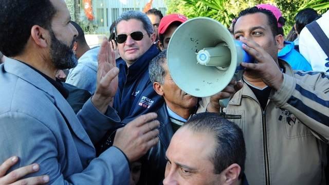 Pro-islamistische Demonstranten versammeln sich im Zentrum von Tunis